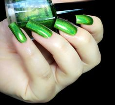 Fashion Polish: FUN Lacquer Summer 2014 Holo collection review!