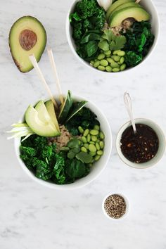 green deconstructed sushi bowl