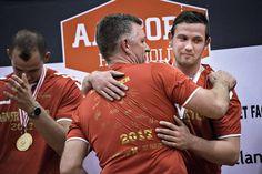 Aalborg Håndbold holdt guldfest for deres fans og sponsor. Aalborg, Champion, Fans, Sport, Deporte, Sports