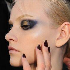# CFDA # marinblå # Spikar # ögon # makeup