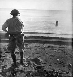 Post with 6956 views. Japanese soldier about to commit suicide with a grenade against his head while an Australian soldier watches (New Guinea, December x