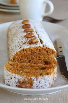Italian Food ~ Roll full with carrots and orange marmalade (Rotolo integrale con carote e marmellata di arance) Bolo Cake, Torte Cake, Sweet Recipes, Cake Recipes, Dessert Recipes, Jelly Roll Cake, Delicious Desserts, Yummy Food, Plum Cake