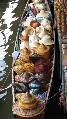 Bangkok, Floating market