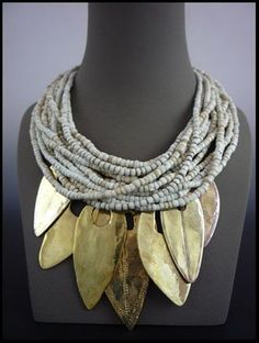 www.cewax.fr aime ce collier multi rang perles style ethnique tendance tribale blanc et or Africa and Beyond                                                                                                                                                      More