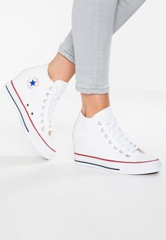 online retailer 7485e 04ec7 Browser the Main Color of White Converse Chuck Taylor All Star Lux Leather  Men Women Trainers Low At bestsellingwholesale - Converse Chuck Taylor All  Star ...