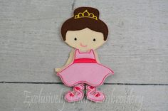 This listing is for one Ballerina doll with her tutu and slippers.  Do you remember playing with paper dolls when you were growing up? This treasured concept is renewed in our Line of Non Paper Dolls! Each piece is made of felt on front and back.