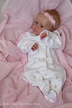 Reborn Baby Girl TINK by Bonnie Brown   eBay Reborn Baby Boy Dolls, Newborn Baby Dolls, Reborn Babies, Reborn Silicone, Silicone Baby Dolls, Bountiful Baby, Realistic Baby Dolls, Lifelike Dolls, New Baby Products