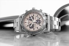 If you are looking for a sporty, modern and absolutely reliable chronograph, then look no further! The Breitling Colt Chronograph II Ref. A7338710.G742.157A may be exactly what you are looking for. Breitling Colt Chronograph, Breitling Watches, Modern Classic, Quartz, Sporty, Steel, Luxury, Silver, Accessories