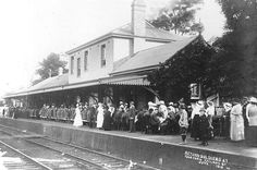Red Cross auxiliary ladies feed returned soldiers at Gosford Railway station June 1918 | by Gostalgia: local history from Gosford Library, via Flickr