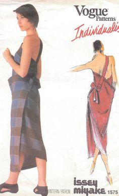 Vogue pattern 1575 issey miyake Individualist Misses  back wrap dress shoulder straps size L
