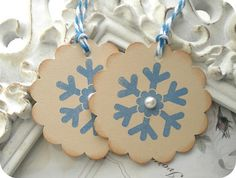 Vintage Inspired Snowflake Tags - With Pearls - Cottage Chic - Set of 8 - Any Color - Wedding - Shower Frozen Tags, Winter Beauty, Cottage Chic, Maid Of Honor, Snowflakes, Washer Necklace, Vintage Inspired, Pearls, Crafts