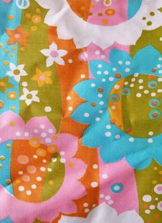 fe242d7dcb 1960 s Apron-flower-power-MOD Never used via Etsy Vintage Scarf