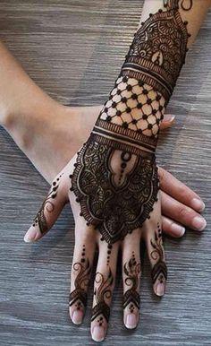change finger part Mehndi Design Pictures, Mehndi Images, Latest Mehndi Designs, Simple Mehndi Designs, Mehndi Desine, Mahendi Design, Beautiful Mehndi Design, Henna Ideas, Henna Tattoo Designs
