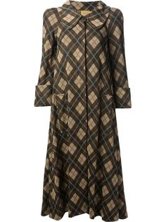 Shop Biba Vintage Argyle check coat in Decades from the world's best independent boutiques at farfetch.com. Over 1000 designers from 60 boutiques in one website.