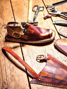 Sandals DIY, make your own dream sandals. Click through for inspiration.