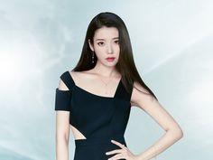Brand Magazine, Cute Asian Girls, Korean Celebrities, Korean Beauty, Beautiful Actresses, Kpop Girls, Top Photo, Cool Girl, Seoul