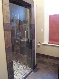 love the framing tile around this shower stall