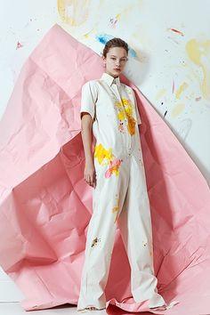Фото: Ира Бордо; модель: Варя Шилова; макияж: Марина Грин