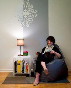 Interior design student has a whole apartment full of good DIY ideas!