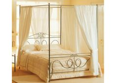 Letto a baldacchino fai-da-te - DIY Four-Poster Bed - as my husband is I do not find four-poster beds that are long enough. Iron Canopy Bed, Iron Headboard, Headboard And Footboard, Furniture Depot, Steel Furniture, Bedroom Furniture, Wrought Iron Beds, Waterbed, Four Poster Bed