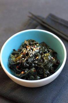 Seaweed is a healthy ingredient and this seaweed salad recipe is made of Korean dried seaweed, salt, sugar, rice vinegar, sesame oil and chili flakes. | rasamalaysia.com