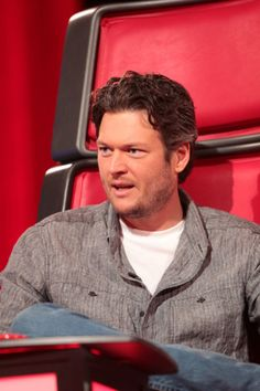Picture: Blake Shelton in 'The Voice.' Pic is in a photo gallery for Blake Shelton featuring 88 pictures. Country Music Association, Academy Of Country Music, Country Music Stars, Blake Shelton The Voice, Blake Shelton Miranda Lambert, Best Country Singers, Country Songs, Country Artists, Blake Sheldon
