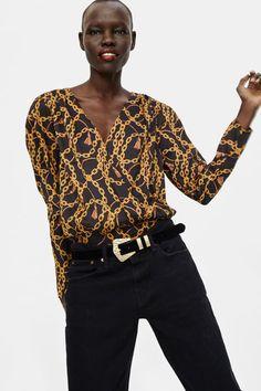 Zara Black Chain Print Bodysuit Blouse Size 4 (S) Boho Fashion Summer, Plus Size Summer Fashion, Summer Fashion For Teens, Summer Fashion Outfits, Casual Outfits, Versace Scarf, Versace Chain, Denim Editorial, Vestidos