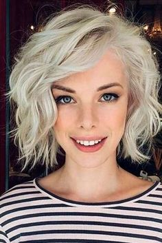 The Perfect Blonde Hair Colors to Match Your Complexion Platinum Blonde Hair blonde Colors Complexion Hair Match perfect Perfect Blonde Hair, Cool Blonde Hair, Platinum Blonde Hair, Short Blonde Curly Hair, Platinum Bob, Blonde Bangs, Curly Short, Short Hair Styles Easy, Short Hair Cuts