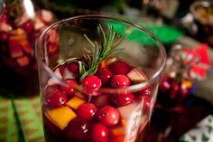From coquito to ponche navideño, 'tis the season to get turnt. Winter Sangria, Christmas Sangria, Winter Cocktails, Happy Holidays, Christmas Holidays, Comida Boricua, Tis The Season, Yummy Drinks, Puerto Rico