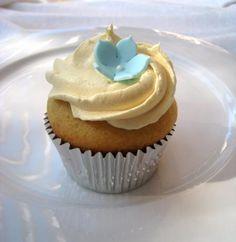 Vanilla Cupcakes Recipe by Amy Sedaris - Super easy and super yummy! Amy Sedaris, Yummy Treats, Sweet Treats, Yummy Food, Tasty, Delicious Desserts, Cupcake Recipes, Cupcake Cakes, Dessert Recipes