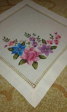 Cross Stitch Designs, Cross Stitch Patterns, Bargello, Cross Stitch Flowers, Needlework, Embroidery, Bandana, Cross Stitch Rose, Perfect Love