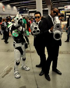Men in Black - Montreal Comic Con 2013 - Picture by Geeks are Sexy
