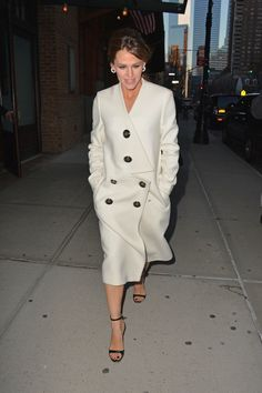 Jennifer Garner Extends the Winter White Trend into Spring – Vogue