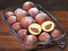 Pączki z czekoladą w 15 minut - Obżarciuch Polish Desserts, Food Cakes, Pretzel Bites, Cake Recipes, Peach, Sweets, Bread, Fruit, Cooking