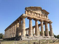 Area Archeologica di Paestum in Paestum, Campania www.villamirella.it → Paestum: 70 km