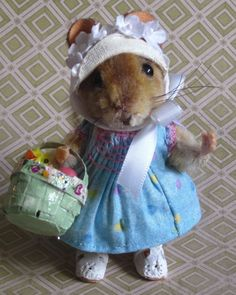 Original 5 way jointed Easter Bonnet Mouse Basket by Artist Robin Joy Andreae    #AllOccasion #TeddyBearFriend
