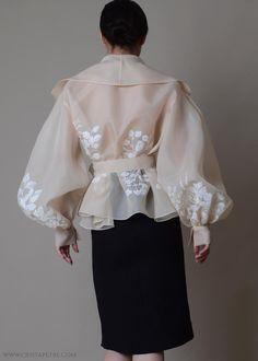 Elegant bolero - Colors available ; Veste en Organza de Soie in 2020 Couture Mode, Style Couture, Couture Fashion, Couture Outfits, Couture Week, Silk Organza, Chiffon, Organza Dress, Tea Length Skirt