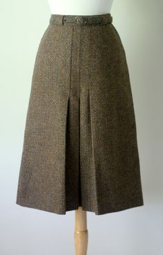 a line skirt in Scotland tweed with belt by UttDaZay on Etsy
