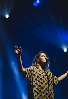 Taya Smith of Hillsong- known for Oceans and Wake by Young and Free. Love her voice!  Love her heart!  Xx