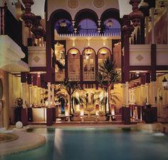 Bangunan yang bernuansa Maroko dan mediterania yg merupakan salah satu rumah pribadi di Jakarta dan kerap disewakan untuk berbagai pesta