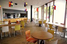 Restaurant/aula/kantine OCL Het Waterland in Leiden.