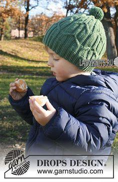 Вязаная спицами теплая шапка с косами для мальчика от 2 до 9 лет