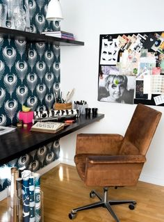 12 black white brown home office feature wallpaper