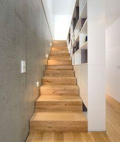 Wood Architecture Semi-detached house B – Munich architecture Interior Stairs, Home Interior Design, Interior And Exterior, Modern Staircase, Staircase Design, Semi Detached, Detached House, Wood Architecture, House Stairs