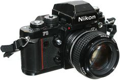 The Nikon F3, dated 1980, is definitely a car that covers a historic role in the evolution of the Japanese brand. This camera was the first to take a light meter right on the camera body, it is also at the forefront of auto exposure aperture priority. Designed by Giugiaro, has the ability to view data via the LCD display illuminated.