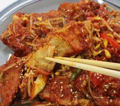 끝내주는 맛!! 만물상 이보은 황태콩나물찜 만들기 Korean Food, Beef, Cooking, Recipes, Meat, Kitchen, Korean Cuisine, Brewing, Cuisine