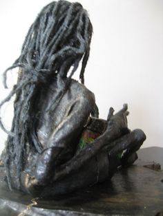 Rasta Bongo Player por Stephaniessculptures en Etsy