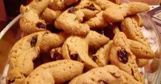 Από τα πιο μυρωδάτα μπισκότα με σταφίδες και μπαχαρικά !!! Υλικα :  1 1/4 φλιτζάνι βούτυρο,  1 1/4 φλιτζάνι ζάχαρη (εγώ βάζω καστανή), ... Cookies, Desserts, Blog, Crack Crackers, Tailgate Desserts, Deserts, Biscuits, Postres, Blogging