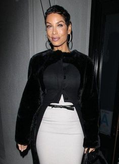 Nicole Murphy Photos - Celebrities enjoy a night out at Craig's in West Hollywood, California on January - Nicole Murphy Enjoys A Night Out At Craig's Black Girl Fashion, Diva Fashion, Womens Fashion, Fashion Tips, Hollywood California, West Hollywood, Dope Swag Outfits, Nicole Murphy, Ordinary Girls