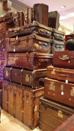 Travel Chic: How to Clean Vintage Luggage - GoNOMAD TravelYou can find Vintage suitcases and more on our website.Travel Chic: How to Clean Vintage Luggage - GoNOMAD Travel Vintage Suitcases, Vintage Luggage, Vintage Travel, Old Luggage, Samsonite Luggage, Travel Luggage, Cardboard Suitcase, Paris Flea Markets, Travel Chic
